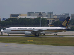 9V-SVF, Singapore Changi, March 8th 2003 (Southsea_Matt) Tags: 9vsvf boeing 777212er singaporeairlines staralliance changi singapore sin wsss march 2003 spring canon d30 sigma 170500mm airport aircraft aviation