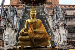 Wat Chedi Luang, Chiangmai, Thailand (cattan2011) Tags: thailand traveltuesday travelphotography travelbloggers travel architecturephotography architecture religious religion culture buddhism landscapephotography landscape 泰国 chiangmai watchediluang