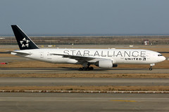 United Airlines | Boeing 777-200ER | N794UA | Star Alliance livery | Shanghai Pudong (Dennis HKG) Tags: aircraft airplane airport plane planespotting staralliance canon 7d 100400 shanghai pudong zspd pvg united unitedairlines ual ua usa boeing 777 777200 boeing777 boeing777200 777200er boeing777200er n794ua