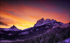 Wish You Were Here (Gio_guarda_le_stelle) Tags: dolomiti dolomites dolomiten sunset mountainscape beccodimezzodì clouds sun sunlight tramonto mountain papà sonnenuntergang abend evening wind cool montagna veneto 85000 dolomitas dolomite noche sundawn dusk twilight crepuscolo