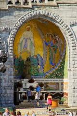 Lourdes 051-A (José María Gil Puchol) Tags: aquitaine basilique catholique cathédrale eau eaumiraculeuse fidèle france josémariagilpuchol lourdes paysbasque pélèrinage religion