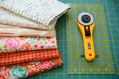 A bunch of new fabrics (balu51) Tags: patchwork quilting sewing fabric quiltingfabric cotton fabrikstash rotarycutter ruler red pink cream wip doubleweddingringquilt april 2018 copyrightbybalu51