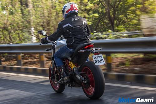Ducati-Monster-797-04