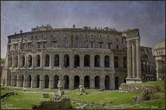 21 aprile 2018. 2771 anni dalla fondazione di Roma. Teatro di Marcello (adrianaaprati) Tags: rome ancientrome 2771 21april753bc years antiquities monuments april spring temples 753ac roma theater