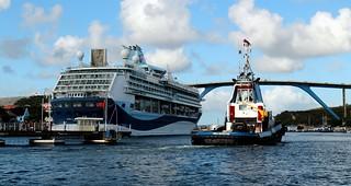 Willemstad Waterways ~ Curaçao