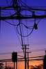 Contaminación acústica (Leyla Nasar Fotografías) Tags: atardecer sunset purple morado naranjo orange azul horaazul blue bluesky sky skyline cielo contraluz atardeceres ocaso ciudad city street calle silhouette silueta silhouettes siluetas fotografia foto fotos photography photo photos electricidad