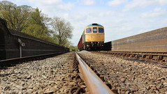 Rail View (Duck 1966) Tags: gcr 33035 crompton class33 emrps goods train diesel locomotive