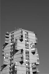 UNA_9023 (unanuna) Tags: photography blackandwhite streetphotography street streetphoto arhitecture sky nikon digital digitalphoto belgrade serbia