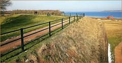 Sur les remparts de Veere, Walcheren, Zeelande, Nederland (claude lina) Tags: claudelina nederland hollande paysbas zeeland veere veersemeer zeelande rempart