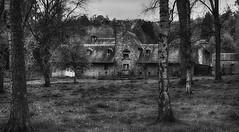 Farmhouse nearby the castle of Walzin. (Eric@focus) Tags: farm blackwhitephotos namur dinant belgium fujifilm noiretblanc birch ardoise stone cropped silverefexpro zwartwit enhanced skancheli