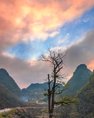 _23G0698.Hagiang (HADAOPHOTO) Tags: hàgiang landscapes mountain canon1dsmarkiii canon1635mmf4isusm clouds colorimage sunset spring hadaophoto