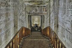 Royal Chambers (Don César) Tags: valleyofthekings luxor egypt egipto middleeast mediooriente africa walls egiptian egipcio sarcofago ramsesv ramsesvi sarcophagus camara valledereyes westbank death muerte