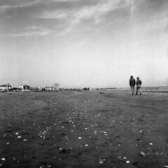 Early spring - Cervia - March 2018 (cava961) Tags: cervia spring seaside beach analogue analogico monochrome monocromo bianconero bw rolleiflex35f
