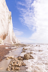 Seven Sisters cliffs from Cuckmere Haven beach *5* (Zoë Power) Tags: sevensisterscountrypark coast whitecliffs sevensisters eastsussex uk cuckmerehaven