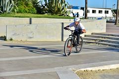 senza titolo-107.jpg (Maurizio65) Tags: skate sport controluce altreparolechiave bici azione