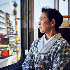 Candid portrait of charismatic lady in Kyoto (2016) (yoannpupat) Tags: onthego japan streetphotography traditionnalclothes lady candidportrait kyoto square summicron50mm a7r sony