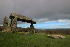 Pentre Ifan, April 2018 (Vertigo Rod) Tags: pentreifan burial chamber wales pembrokeshire newport cairn stone neolithic ancient history coast landscape