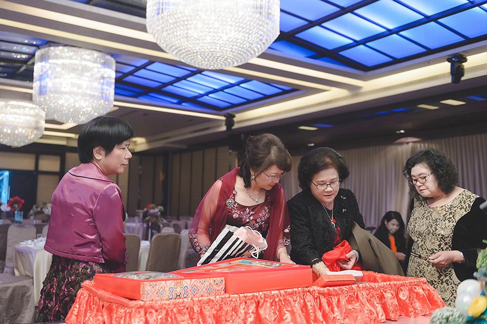 台南婚攝-台南聖教會東東宴會廳華平館-014