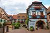 Vacances_0454 (Joanbrebo) Tags: eguisheim grandest francia fr alsace hautrhin canoneos80d eosd efs1855mmf3556isstm autofocus arquitectura edificios edificis buildings