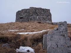 Kvalhausen, Eggum, scenic route. (natureflower) Tags: kavalhausen eggem nordland lofoten norway rocks vestvågøy snow hill fort
