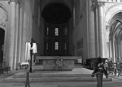 Abbaye Aux Dames - Caen (CyndiieDel) Tags: abbaye caen france normandie calvados abbayeauxdames église monument monumenthistorique ancien noir blanc black white noiretblanc blackandwhite