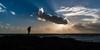 _FER8957p - Dos puntos de vista. (Fernando Villar Saborido) Tags: nube contraluz mar viento fotografo rocas