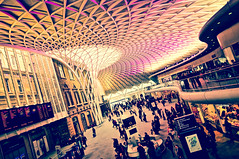 Kings Cross Station, London キングス・クロス駅、ロンドン (Mr Mikage (ミスター御影)) Tags: 2012 architectureceiling architecturemodern architecturetraditionaleuropean countryuk countryuklondon