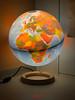 Un Mondo in casa (iw2ijz) Tags: mappamondo luce ritratto stillife mondo casa iphonex apple lampada light colori colors