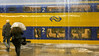 Hemelwatergordijn (Tim Boric) Tags: utrecht centraal station regen rain bui thunderstorm trein zug bahn railways spoorwegen ns