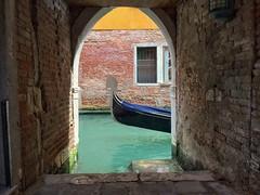 San Marco (brimidooley) Tags: gondola venice venezia italy italia europe city citybreak travel canal bucketlist sightseeing tourism europa laserenissima holiday vacation italie italien venedig venise venecia
