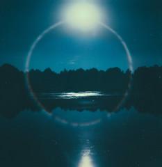 Virgo Full Moon (fernandadesu) Tags: