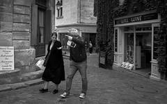 (thierrylothon) Tags: saintémilion nouvelleaquitaine france fr saintémilion leicaq personnage aquitaine gironde leica phaseone captureonepro c1pro publication flickr fluxapple monochrome noirblanc lumière