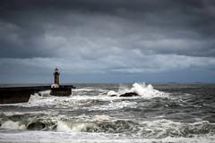 Storm over the Atlantic (El Gran Ladron) Tags: ocean storm cloud cloudscape porto portugal europe grey rain wet power nature landscape seascape wave waves