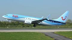 G-TAWM (AnDyMHoLdEn) Tags: thomson tui 737 egcc airport manchester manchesterairport 23l