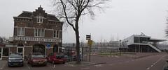 Alkmaar, Stationsplein (Hans Westerink) Tags: alkmaar noordholland nederland nl hanswesterink sigarenfabriek cigar factory graftdijk mooy architecture venhoeven venhoevencs bicyle velo
