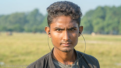 Kolkata portrait-15.jpg (Karl Becker Photography) Tags: india kolkata nikon portrait boy youngman male man football