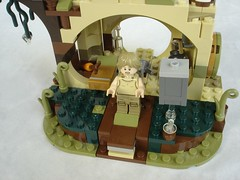 75208 - Jumping Luke (fdsm0376) Tags: lego review set starwars yoda hut 75208 luke skywalker r2d2 dagobah