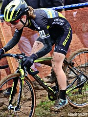 DSCN3054 (Ronan Caroff) Tags: cycling cyclisme ciclismo cyclist cycliste cyclists velo bike course race mud boue women woman sport sports dames femmes cyclocross cx bretagne brittany breizh morbihan 56 quelneuc france championnatdefrance championnat championship coupe cup competition