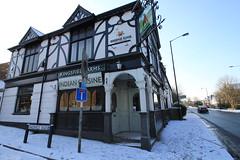 IMG_3821 (Jeff And) Tags: snow harrow greenhill pub kingsfieldarms kingsfieldavenue