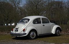 1968 Volkswagen 1300 Kever 113021 (rvandermaar) Tags: 1968 volkswagen 1300 kever 113021 vw volkswagenbeetle beetle bug käfer sidecode2 8894gz vwbeetle volkswagen1300 vw1300 volkswagenkever vwkever rvdm