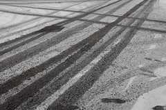 Union Street (Gary Kinsman) Tags: fujix100t fujifilmx100t london 2018 southwark unionstreet se1 greatsuffolkstreet snow winter cold tracks road tiretracks lines streetphotography