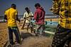 GOKARNA: RETOUR DE LA PÊCHE (pierre.arnoldi) Tags: inde india gokarna karnataka pêcheurs pêche photoderue photooriginale photocouleur photodevoyage photographequébécois pierrearnoldi on1photoraw2018 canon6d objectiftamron