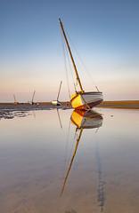 Meols boats (Lukasz Lukomski) Tags: boats meols wirral wielkabrytania greatbritain uk england anglia tide water reflection longexposure lukaszlukomski landscape nikond7200 sigma1020