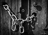 Oporto II (Mercau) Tags: puertas cadenas cerraduras candados