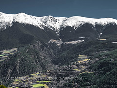 Andorra mountain landscape: Sant Julia, Gran Valira, Andorra (lutzmeyer) Tags: andorra aubinya auvinyaandorra carreteradelapeguera carreteradelarabassa claror europe granvalira iberia iberianpeninsula lutzmeyer peguera pirineos pirineus pyrenees pyrenäen santjulia santjuliadeloriaparroquia bild comarca foto fotografie hivern iberischehalbinsel image imagen imatge invierno lutzlutzmeyercom marc march marzo mfmediumformat märz photo photography picture region rural rutaciclista14lapegueracs131 rutaciclista16larabassa sonnenaufgang sortidadelsol sunrise valley winter fontaneda santjuliadeloria