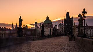 Karluv most sunrise
