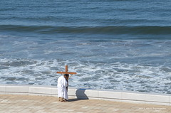 Oraciones (S. Alexis) Tags: nikon nikond5100 nikkor70300mm méxico sinaloa mazatlán mexiko mexique cristo cruz crucifijo sacrificio semanasanta