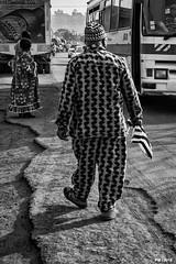 bus stop (P. Marione) Tags: pm marione nikon d810 raw cameroun afrique africa bafoussam streetscene scene streetpix street rue straat strase calle citylife city urban ville black noir zwart schwarz negro white blanc wit weiss blanco blackandwhite noiretblanc zwartenwit monochrome bw nb zw mono blackwhite noirblanc zwartwit bandw netb zenw schwarzweiss negroblanco