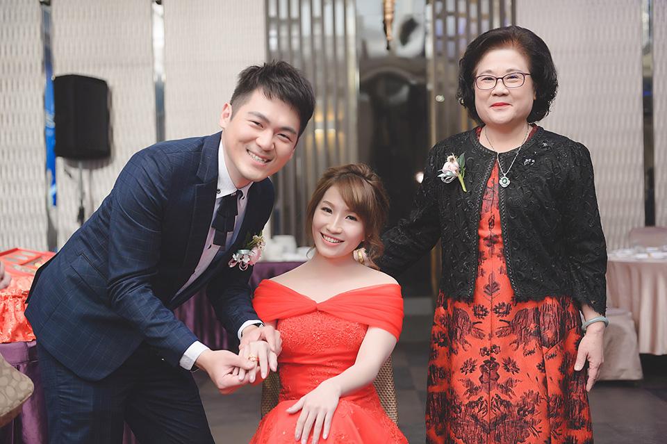 台南婚攝-台南聖教會東東宴會廳華平館-016