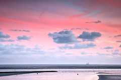 Wattenmeer (Petra Runge) Tags: wattenmeer sonnenuntergang wolken landschaft natur strand küste meldorfer bucht nordsee meer sea seascape sunset coast water sky himmel cloud